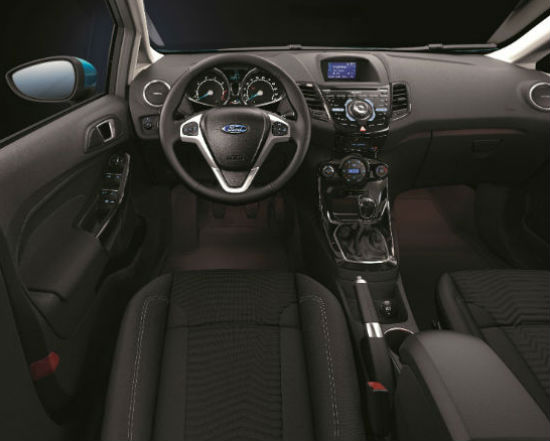New-Ford-Fiesta-Interior-003