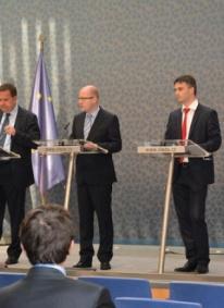 Za 18 měsíců fungování vlády B.Sobotky se podařilo získat 196 nových investičních projektů v objemu téměř 108 miliard korun